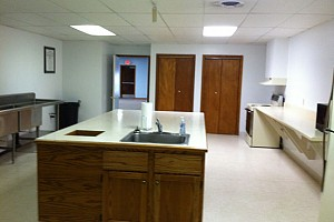 Community_Building_Kitchen_2013_8